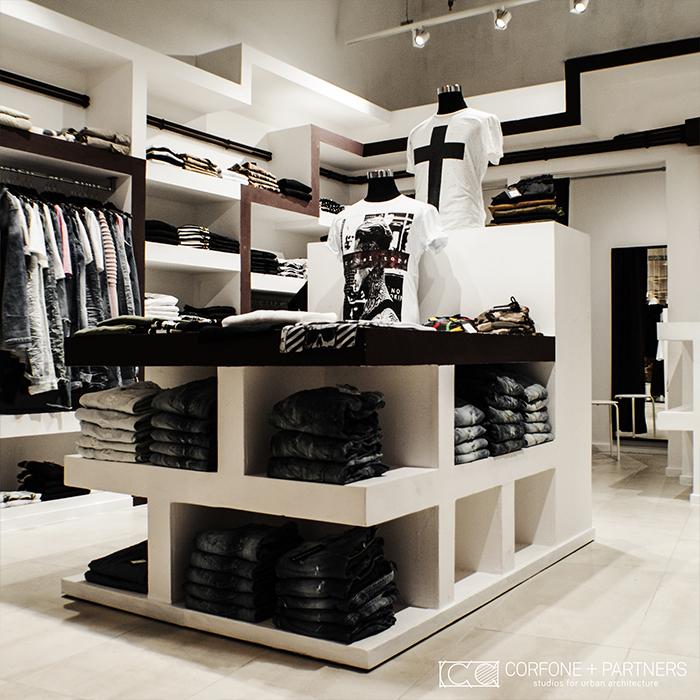 Progettazione negozio abbigliamento DESORDEN 05