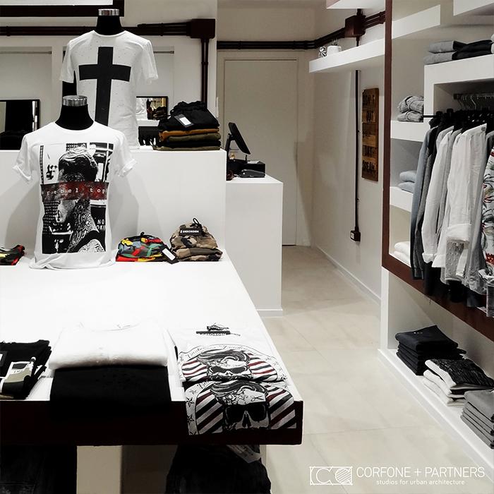 Progettazione negozio abbigliamento DESORDEN 07